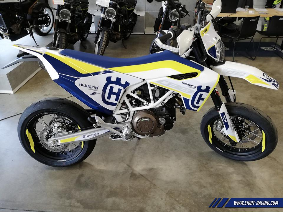 kit déco husqvarna 701 supermotard eight racing factoyr stickers graphics décals