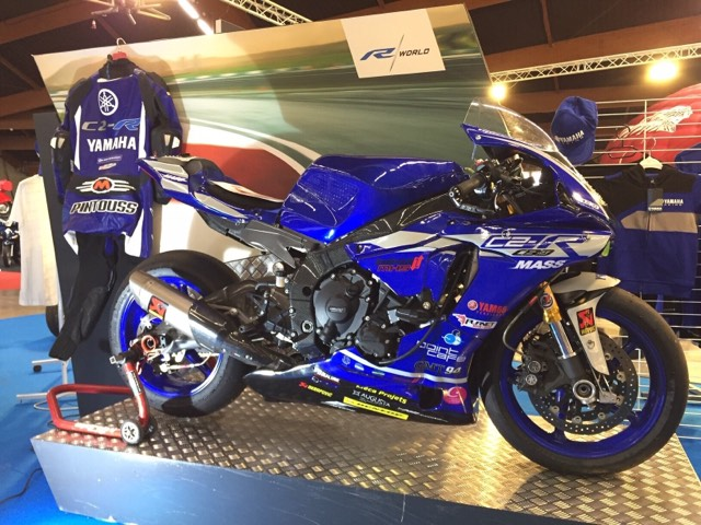 kit déco moto de piste Yamaha R1 team c2r eight racing decals stickers graphics